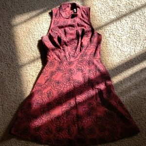Maroon floral sleeveless dress